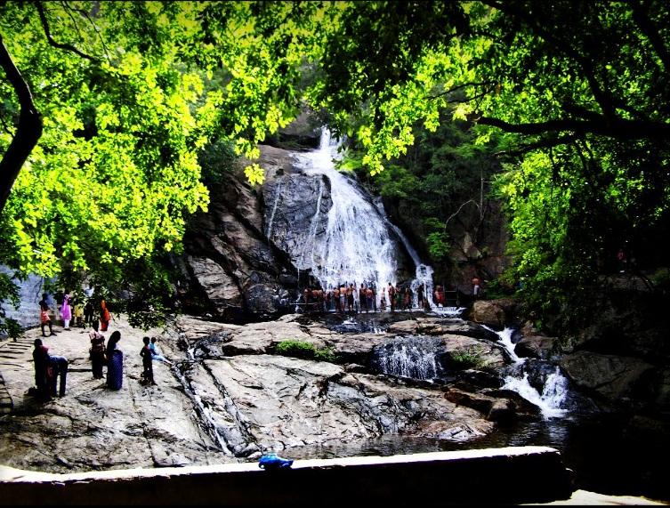 Athirapally – Valparai Tour Package 2 Nights/ 3 Days